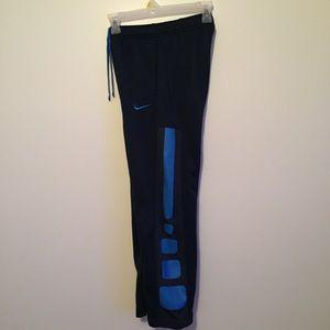 Nike Bottoms - Boys Nike therma fit sweatpants
